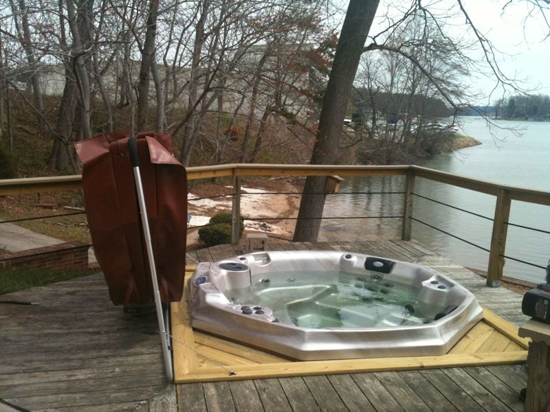 Boone outdoor hot tub
